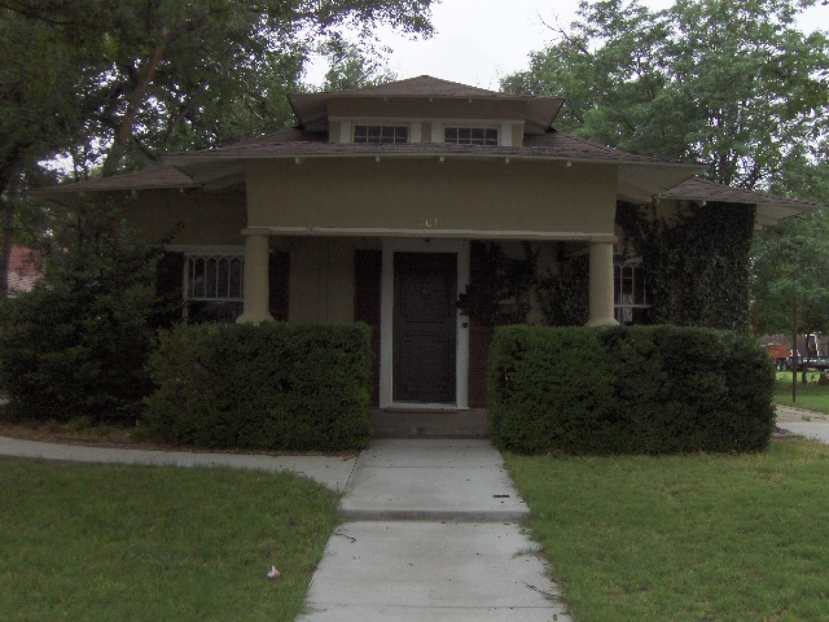 CHARACTER ; Screams this 3 bedroom, 2 bath HOME!!!