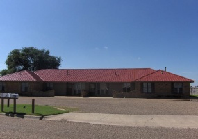 1632 Osage Trail,Dalhart,Hartley,Texas,United States 7922,3 Bedrooms Bedrooms,1 BathroomBathrooms,Apartment,Osage Trail,1096