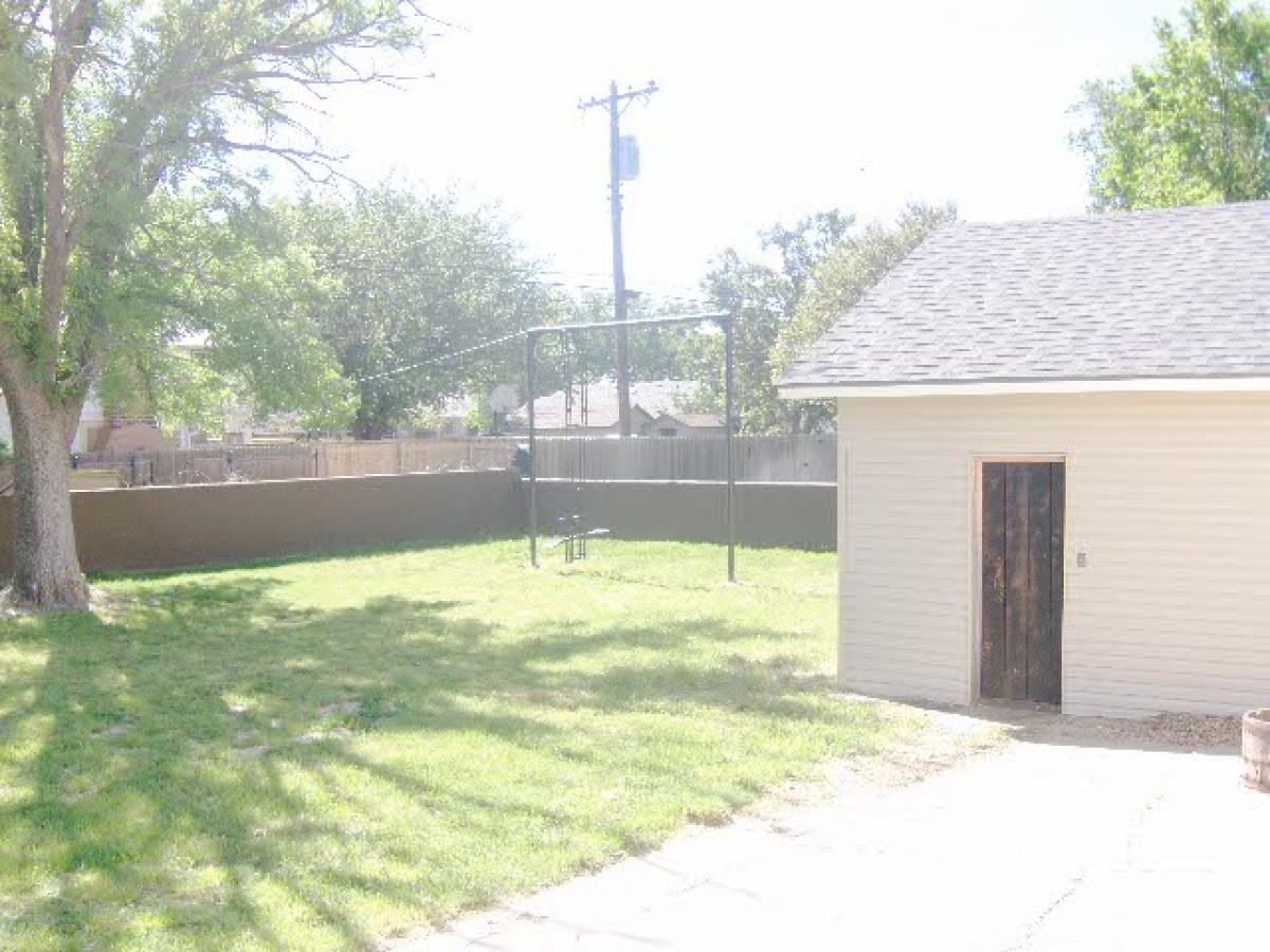 901 Denrock Avenue,Dalhart,Dallam,Texas,United States 79022,4 Bedrooms Bedrooms,3.5 BathroomsBathrooms,Single Family Home,Denrock Avenue,1108