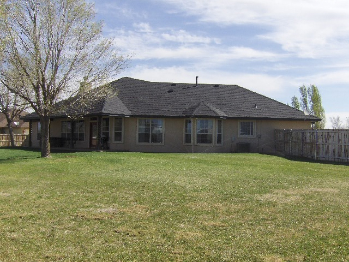 13 Pheasant Run,Dalhart,Hartley,Texas,United States 79022,3 Bedrooms Bedrooms,2.5 BathroomsBathrooms,Single Family Home,Pheasant Run,1064