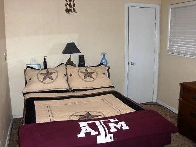 1115 Rock Island Avenue,Dalhart,Hartley,Texas,United States 79022,2 Bedrooms Bedrooms,1.75 BathroomsBathrooms,Single Family Home,Rock Island Avenue,1078