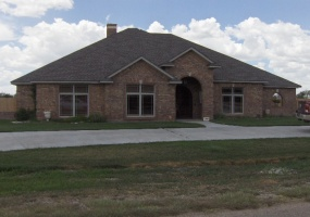 1603 Country Club Rd,Dalhart,Hartley,Texas,United States 79022,4 Bedrooms Bedrooms,3 BathroomsBathrooms,Single Family Home,Country Club Rd,1090