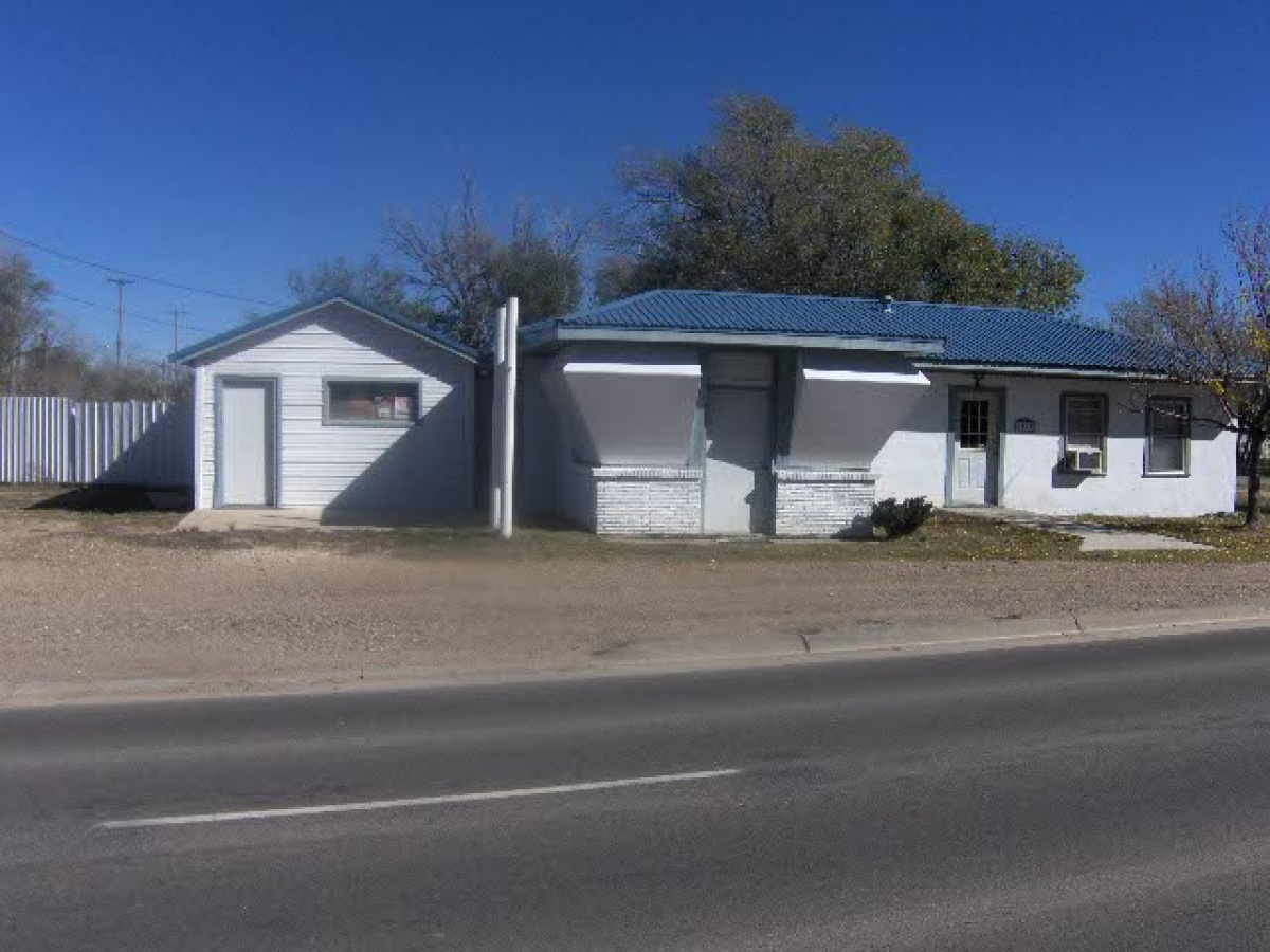 1100 HWY 87 North,Dalhart,Dallam,Texas,United States 79022,2 BathroomsBathrooms,Single Family Home,HWY 87 North,1098