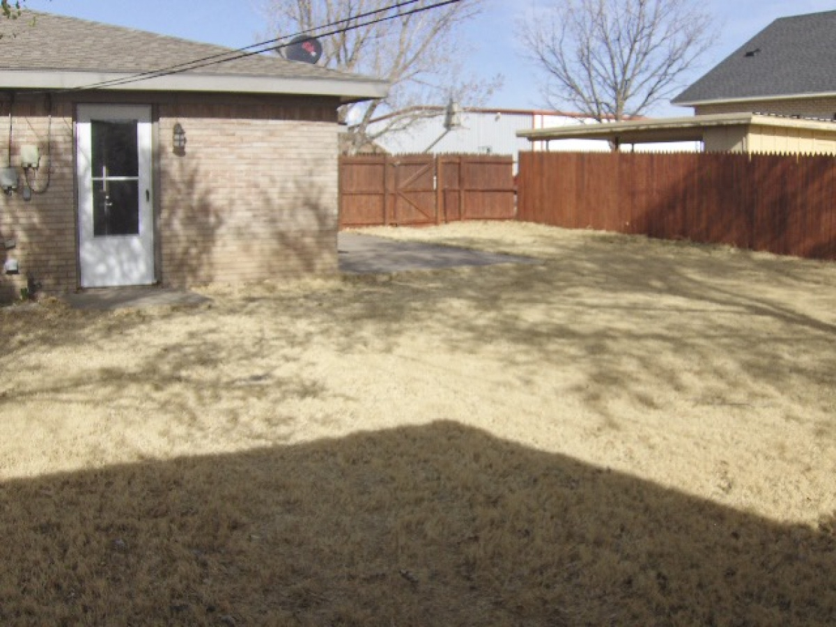 901 Margaret,Dalhart,Dallam,Texas,United States 79022,3 Bedrooms Bedrooms,1.75 BathroomsBathrooms,Apartment,Margaret,1130