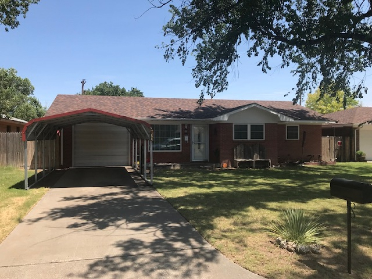 511 Peters Avenue,Dalhart,Dallam,Texas,United States 79022,3 Bedrooms Bedrooms,2 BathroomsBathrooms,Single Family Home,Peters Avenue,1148