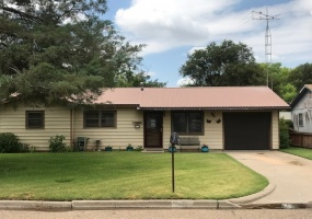 518 Heights Avenue,Dalhart,Dallam,Texas,United States 79022,3 Bedrooms Bedrooms,2 BathroomsBathrooms,Single Family Home,Heights Avenue,1195