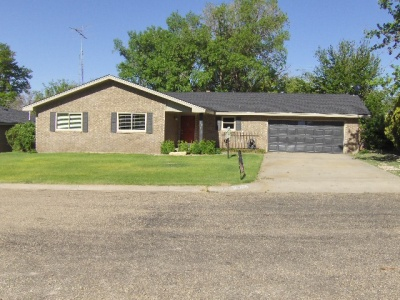 1814 Chestnut,Dalhart,Hartley,Texas,United States 79022,3 Bedrooms Bedrooms,1.75 BathroomsBathrooms,Single Family Home,Chestnut,1048