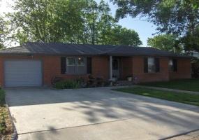 1405 Oak Avenue,Dalhart,Hartley,Texas,United States 79022,3 Bedrooms Bedrooms,1.75 BathroomsBathrooms,Single Family Home,Oak Avenue,1005
