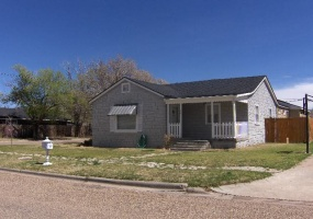 1201 Oak,Dalhart,Hartley,Texas,United States 79022,3 Bedrooms Bedrooms,2 BathroomsBathrooms,Single Family Home,Oak ,1049