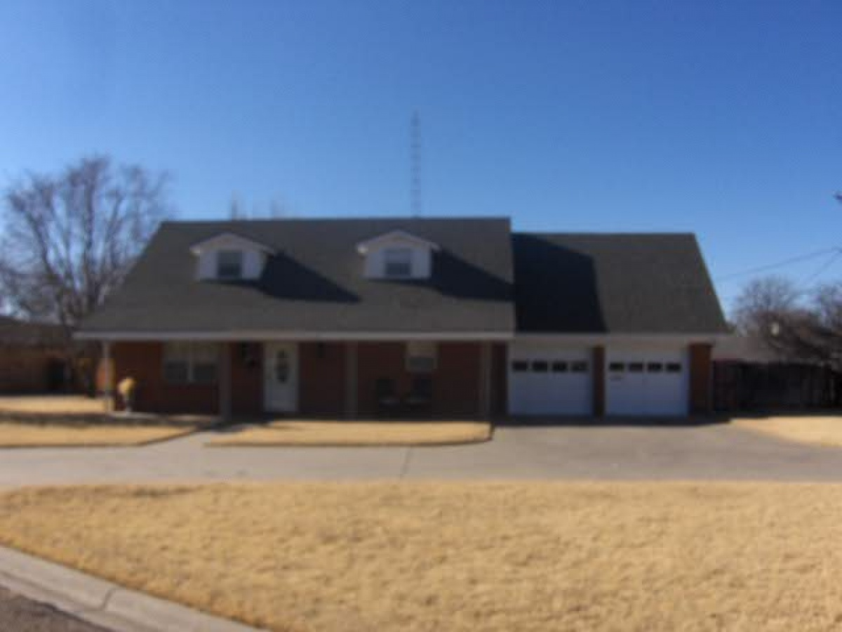 1602 Oak Avenue,Dalhart,Hartley,Texas,United States TX,4 Bedrooms Bedrooms,2 BathroomsBathrooms,Single Family Home,Oak Avenue,1050